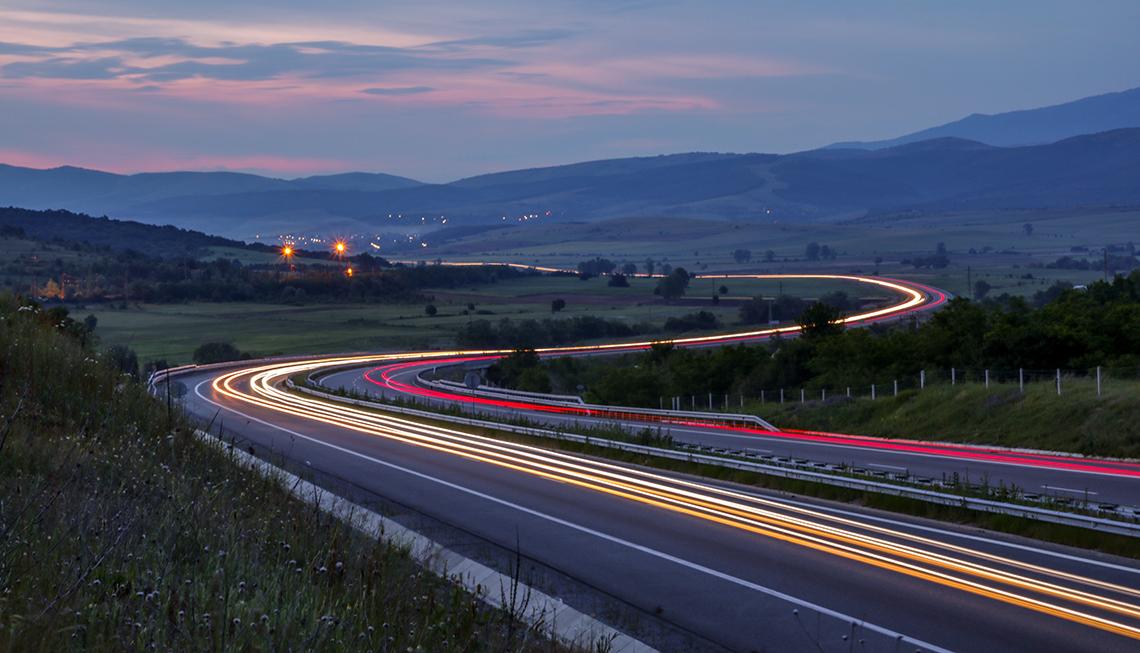 traffic slow shutter effect